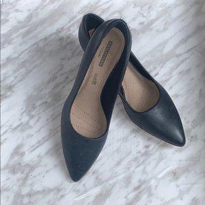 Clarks Soft Cushion Navy blue Pointed Toe Heels